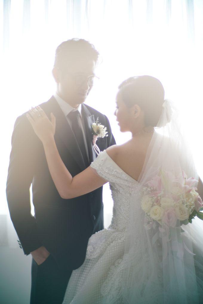 Adri & Teresia Wedding by deVOWed Wedding & Event Planner - 007