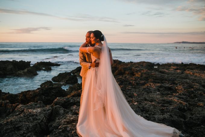 Christian and Carol Beach Themed Wedding - La Union Wedding Photographer by Mot Rasay Photography - 004