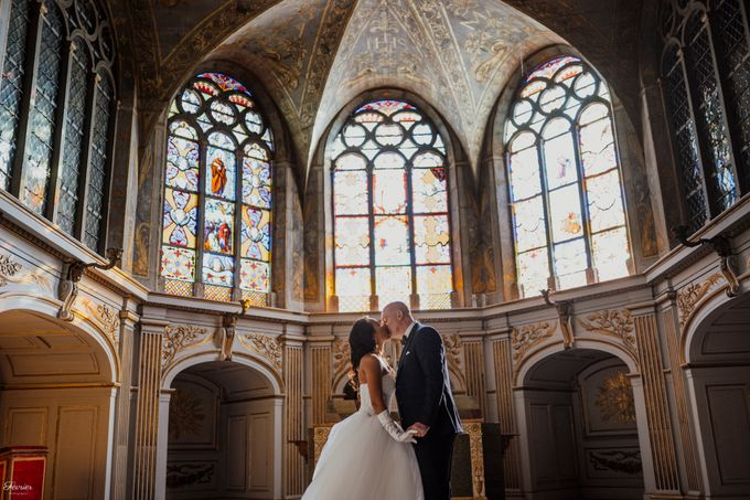 Exclusive Paris Pre Wedding Photo Shoot at Château de Fontainebleau by Février Photography   Paris Photographer - 009