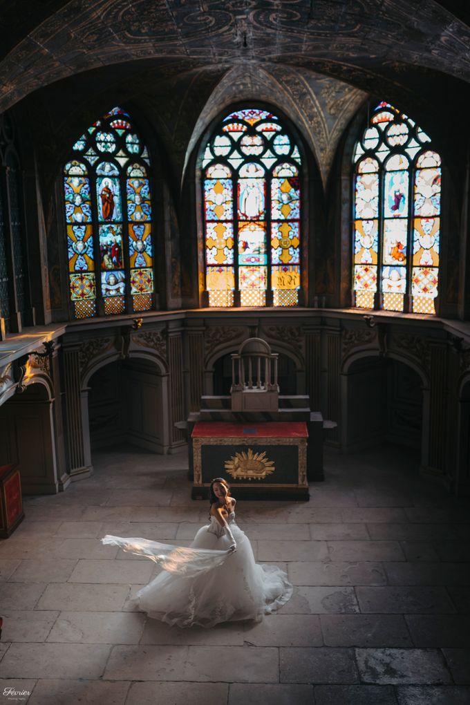 Exclusive Paris Pre Wedding Photo Shoot at Chateau de Fontainebleau by Février Photography   Paris Photographer - 011