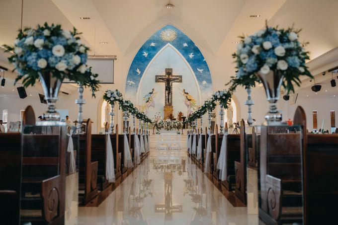May & Martin Wedding at Intercontinental Bali by Nagisa Bali - 008