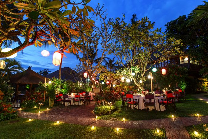 Dreamy Beach and Garden Wedding by D'studio Photography Bali - 008