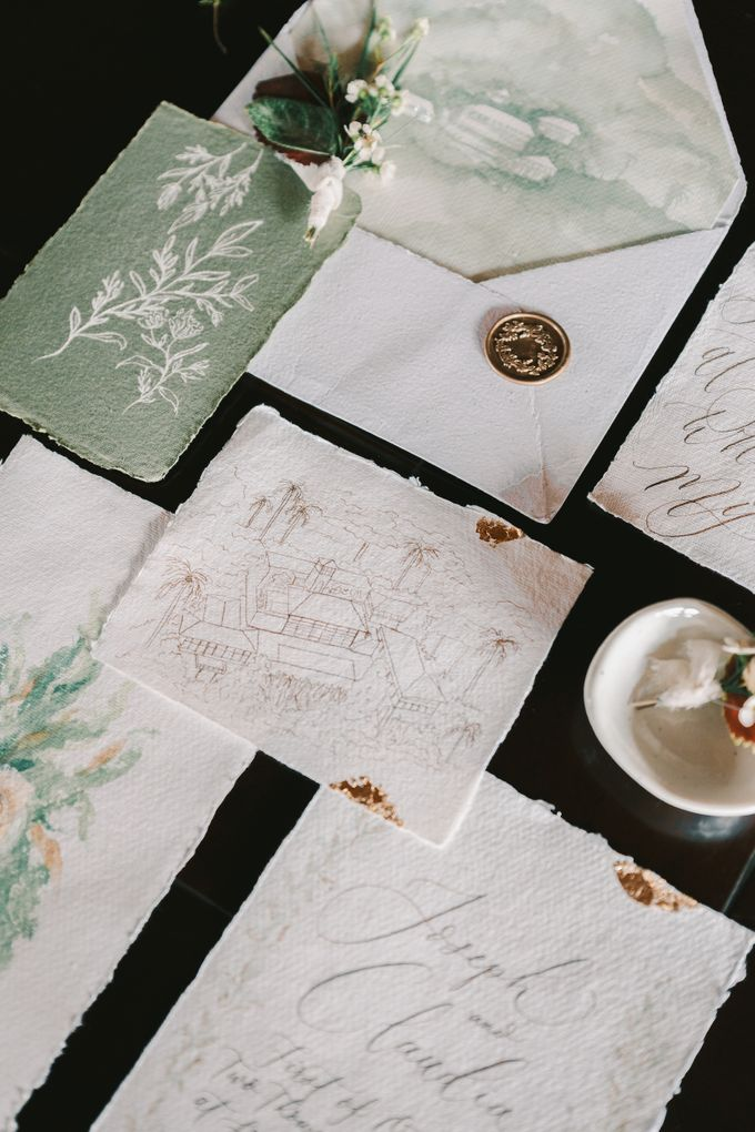 Pernikahan dengan tema ramah lingkungan, dengan keluarga dan teman dekat ditambah dengan dekorasi yang selaras dengan alam membuat pernikahan ini spec by Atelier Plum - 008