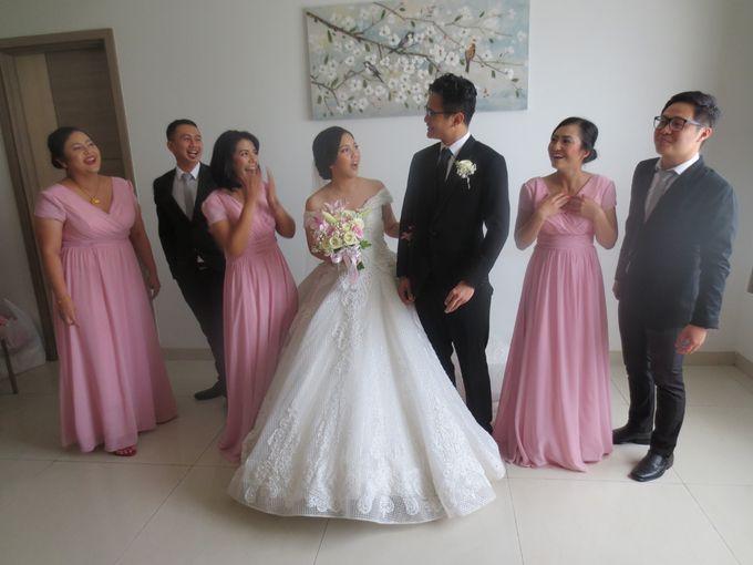 Adri & Teresia Wedding by deVOWed Wedding & Event Planner - 008