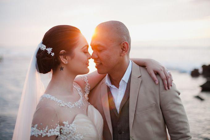 Christian and Carol Beach Themed Wedding - La Union Wedding Photographer by Mot Rasay Photography - 005
