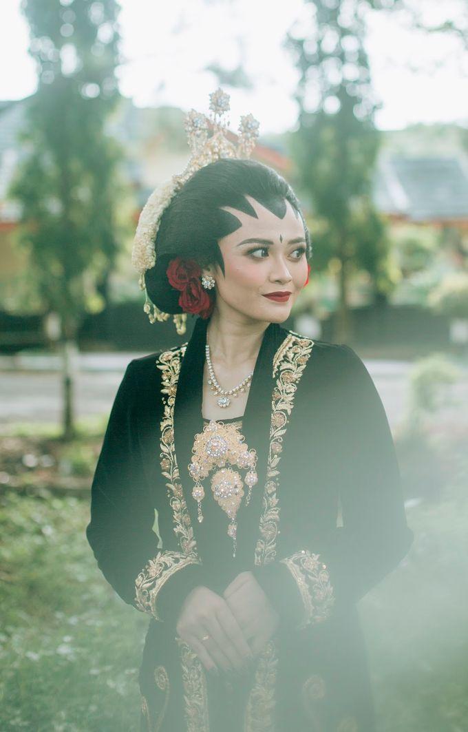 Micro Wedding Okta & Kresna by Kisah Kita Wedding Planner & Organizer - 010
