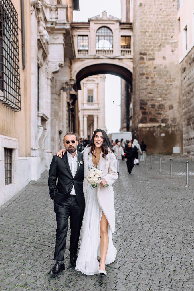 Wedding in Historical castel in Rome, Castello di Tor Crescenza by Vera Weddings - 038