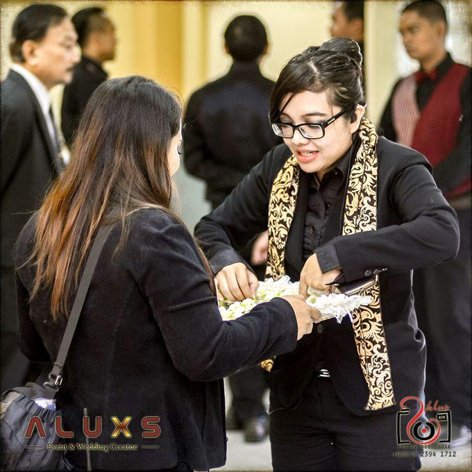 The Wedding of Santa & Khresna by Alux's Event & Wedding Creator - 040