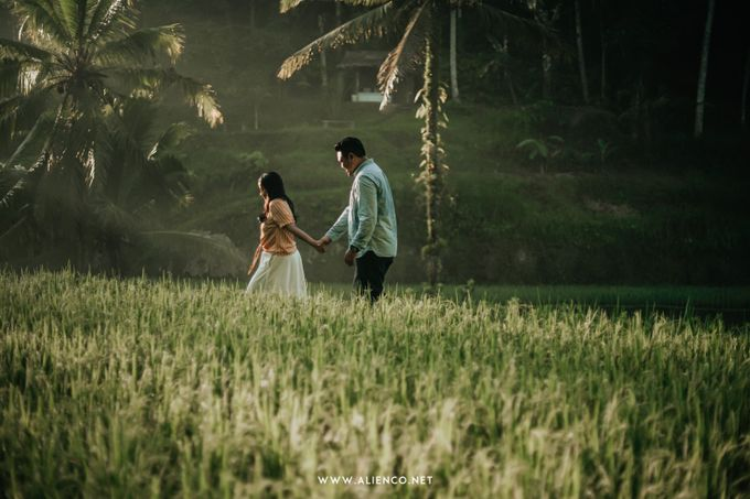 The Prewedding Of Andrew & Dinar by alienco photography - 009