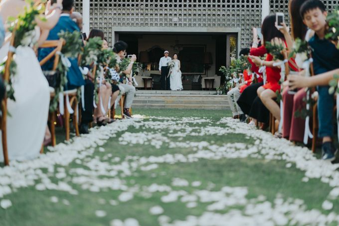 The Wedding of Shahril & Vivian by BDD Weddings Indonesia - 009