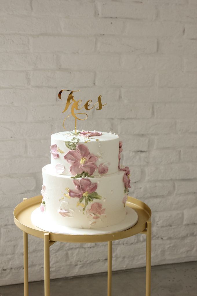 Two Tiers by Gordon Blue Cake - 015