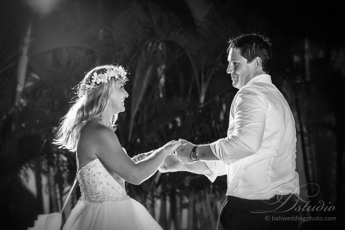 Tracey and Steve Wedding Day at The Istana Uluwatu by D'studio Photography Bali - 041