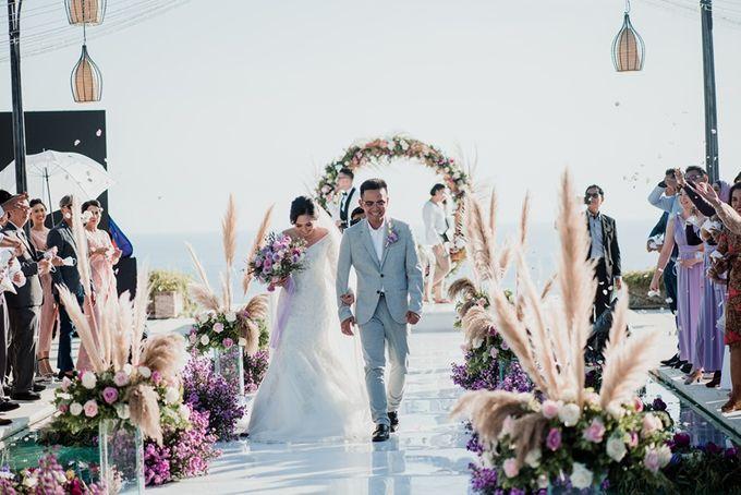 Soft Purple & Lavender Decoration Wedding by Bali Izatta Wedding Planner & Wedding Florist Decorator - 002