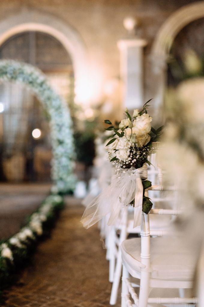 Wedding in Historical castel in Rome, Castello di Tor Crescenza by Vera Weddings - 022