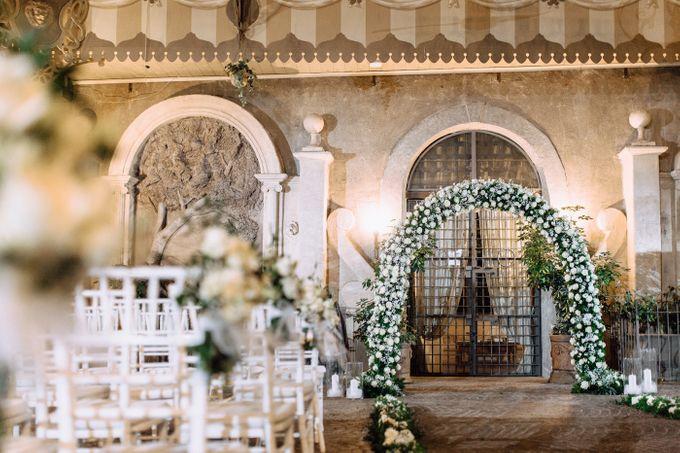 Wedding in Historical castel in Rome, Castello di Tor Crescenza by Vera Weddings - 024
