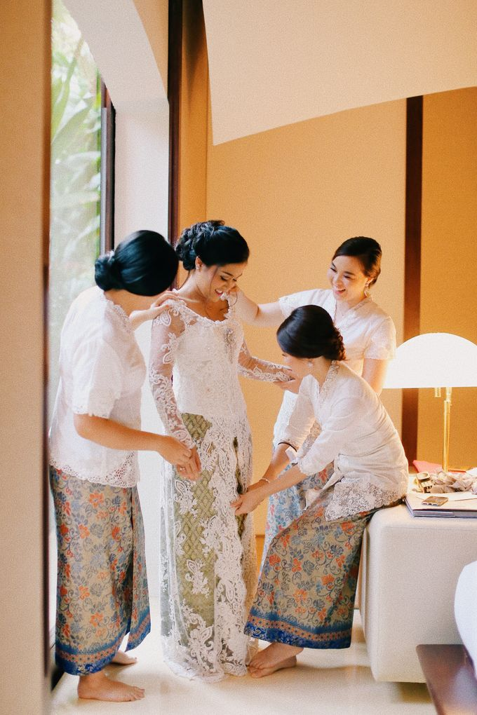 Mixed Culture Wedding Ever at huahin Thailand by Kanvela - 017