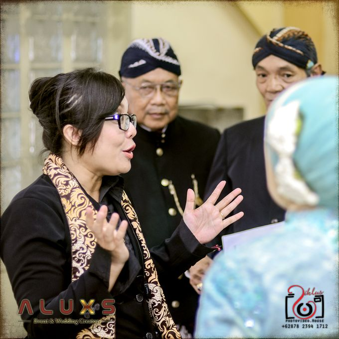The Wedding of Santa & Khresna by Alux's Event & Wedding Creator - 041