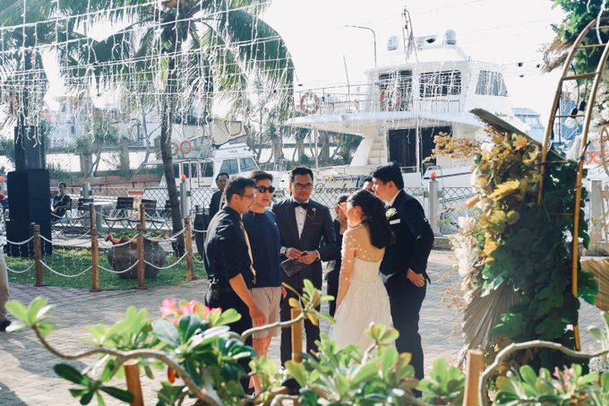 Rio & Lian Wedding by HENRY BRILLIANTO - 024