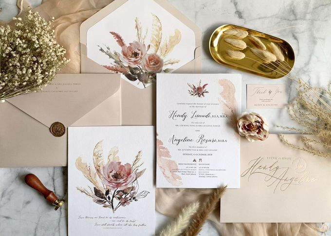 Romantic Bouquet by Trouvaille Invitation - 002