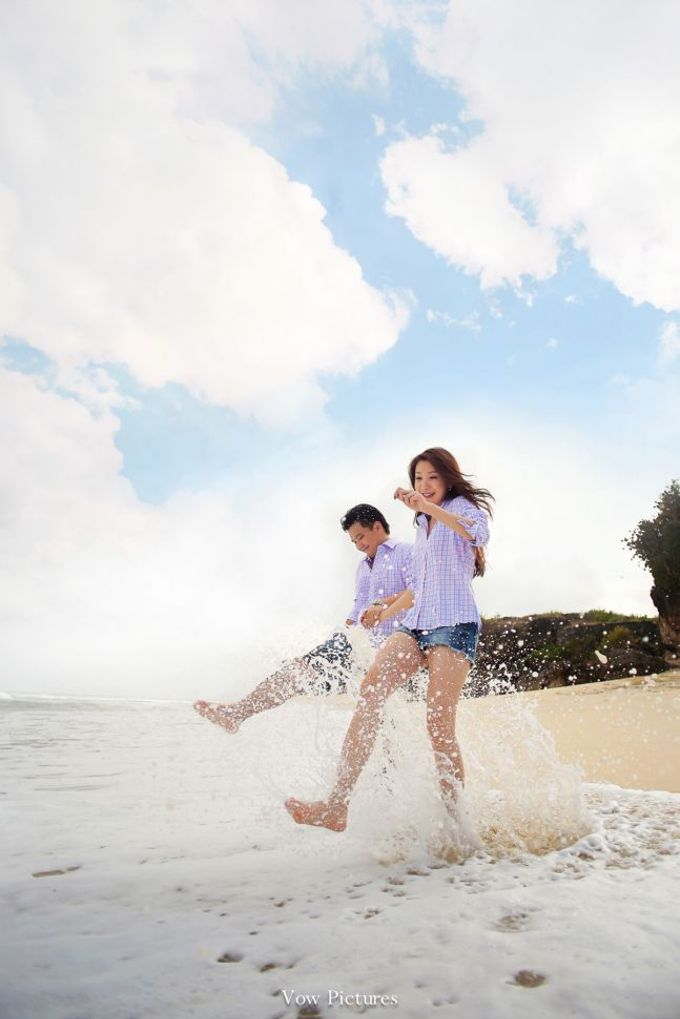 Truly Madly Deeply - Hendratama and Anastasia Prewedding by Antony by Vow Pictures - 018