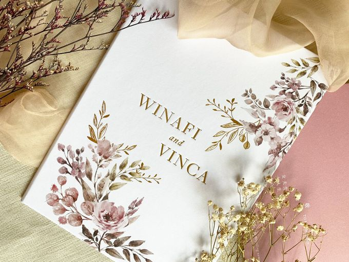 Modern Floral by Trouvaille Invitation - 001