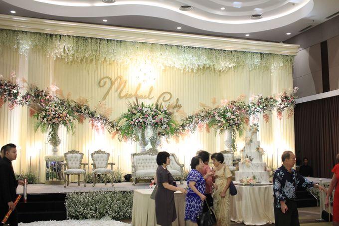 MC Wedding Santika Premier Hayam Wuruk - Anthony Stevven by ENST Couture - 003