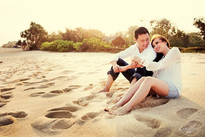 HENDY AND AMEL ENGAGEMENT PHOTOSHOOT by limitless portraiture - 013