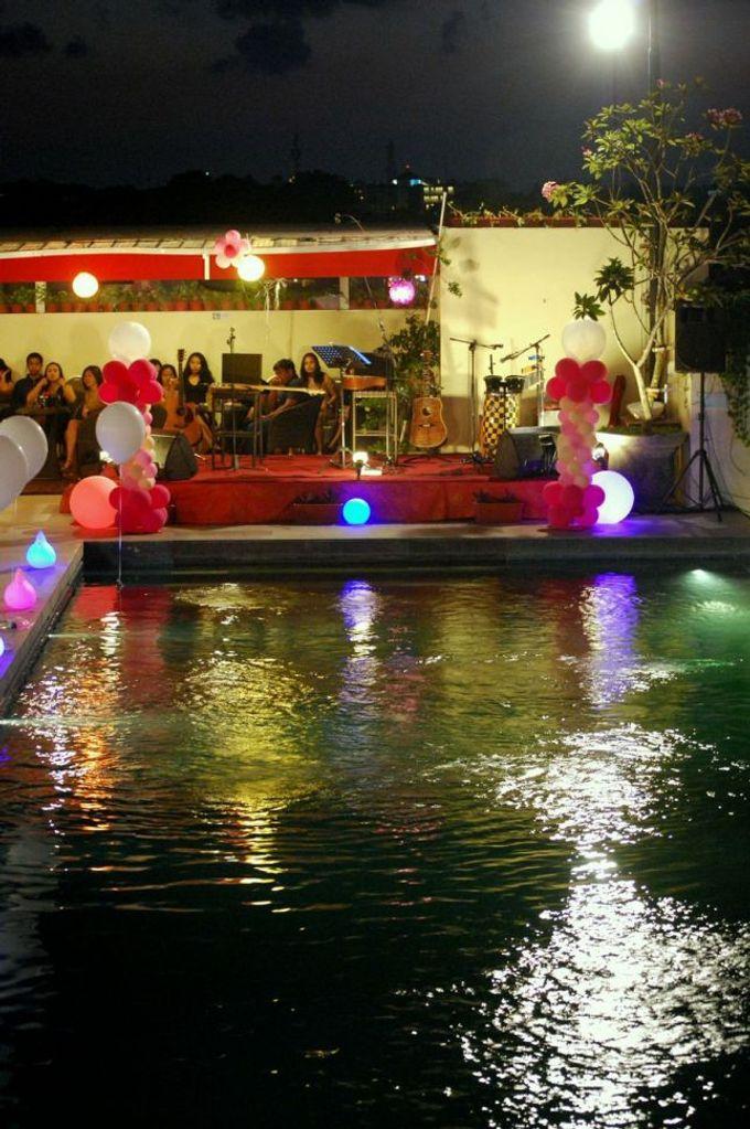 Party at rooftop by The Atanaya Hotel - 006