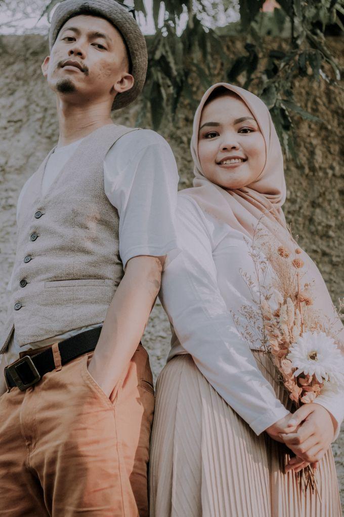 The Prewedding of Hafidz & Tita by Rose For You - 002