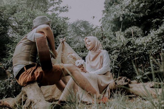 The Prewedding of Hafidz & Tita by Rose For You - 004