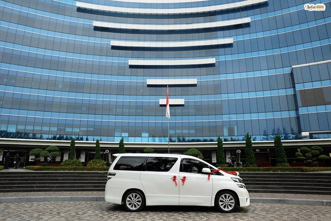 SEWA MOBIL PENGANTIN DAN KELUARGA JAKARTA - MERCEDES ALPHARD JAGUAR VELLFIRE WEDDING CAR JAKARTA by Fendi Wedding Car - 001