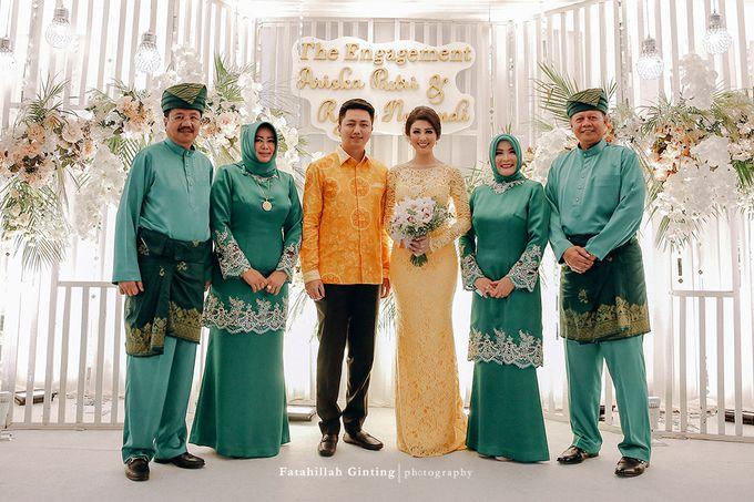 The Engagement of Ariska Putri Pertiwi & Tengku Ryan Novandi by Anaz Khairunnaz - 012