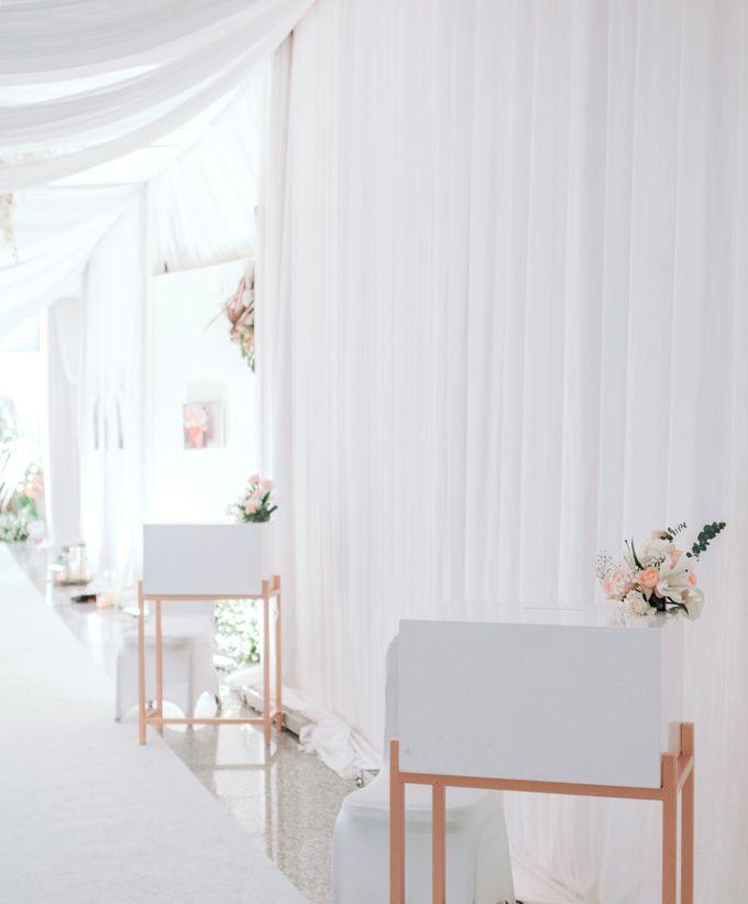 Mr Kevin & Mrs  Ertika Wedding by Veéh Floral Atelier - 001