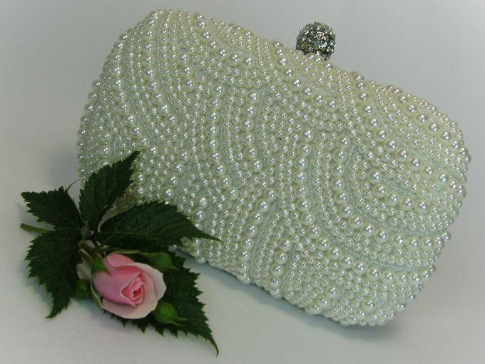 BRIDAL CLUTCHES by Pamela Falli - 001
