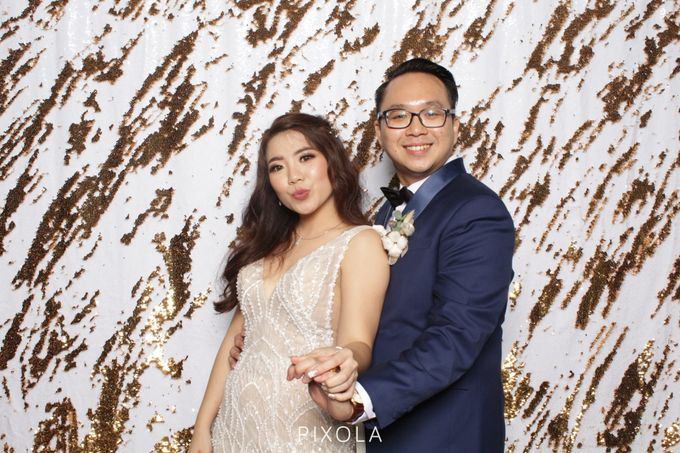 Raymond & Michelle by PIXOLA Photo Booth - 001