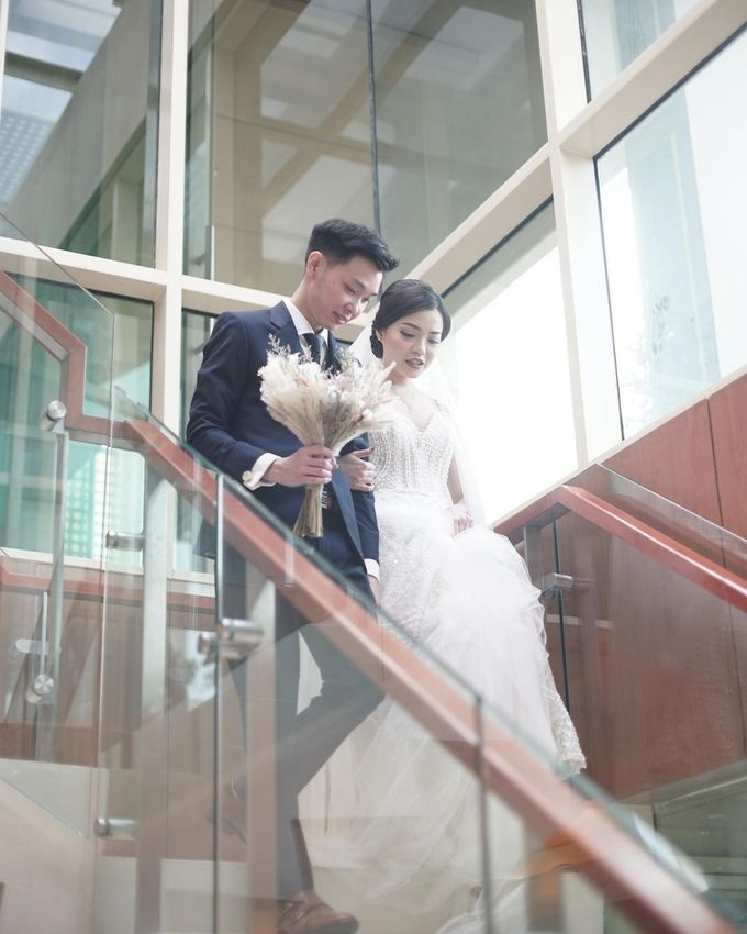 wedding of Jason Ekatama Arief & Octavia S by Macherie dressmaker - 001