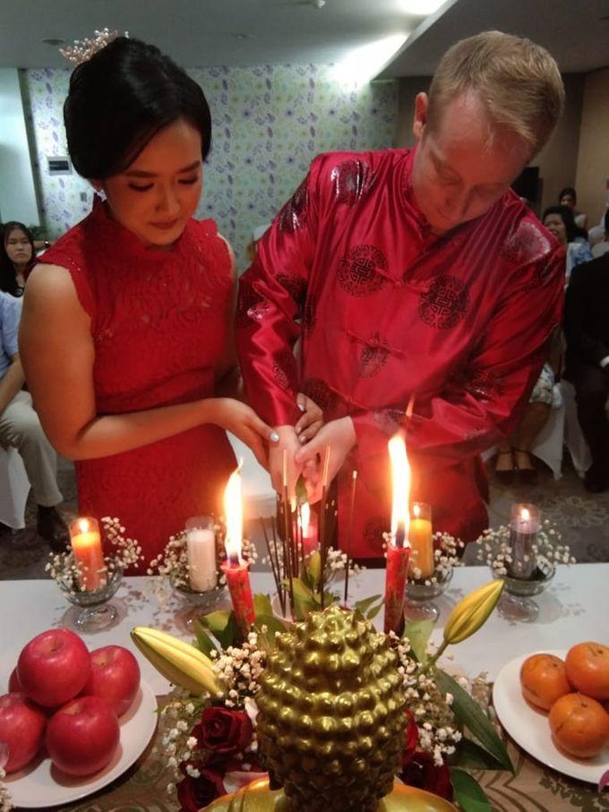 Dayne & Novita Wedding by deVOWed Wedding & Event Planner - 010