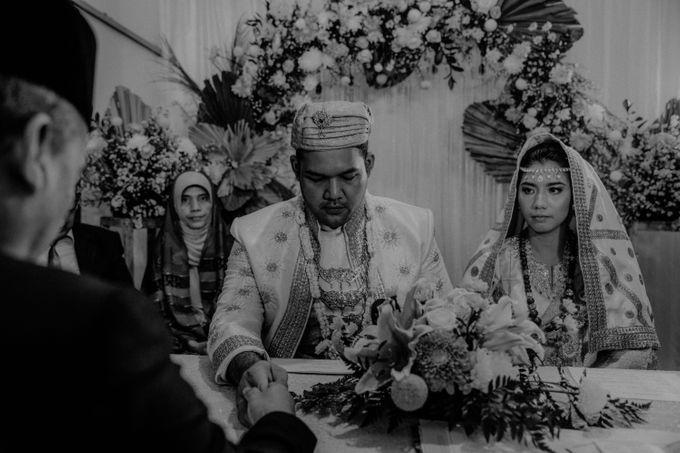 Fachrul & Dela Wedding by AKSA Creative - 010