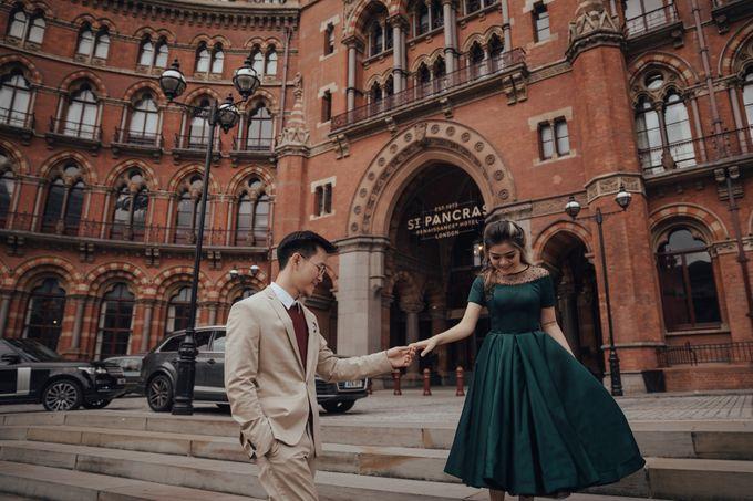 PRE - WEDDING DERIAN & GRACE BY RIO YAPARI by All Seasons Photo - 009