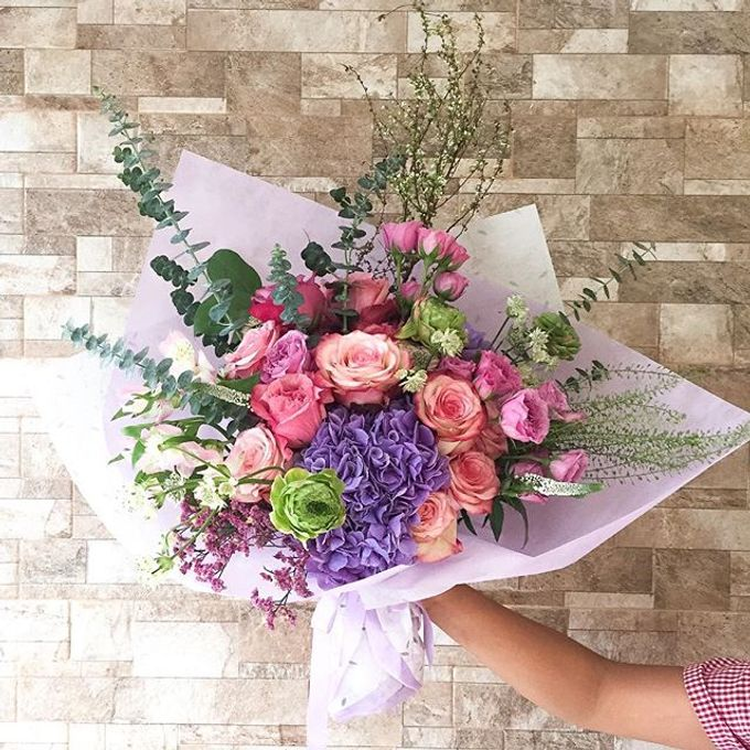 Flower Bouquets by Blooming Elise Flowers - 001