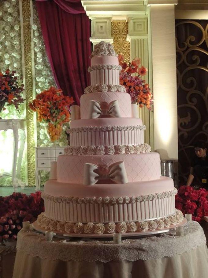 5 layers Wedding Cakes by LeNovelle Cake - 009