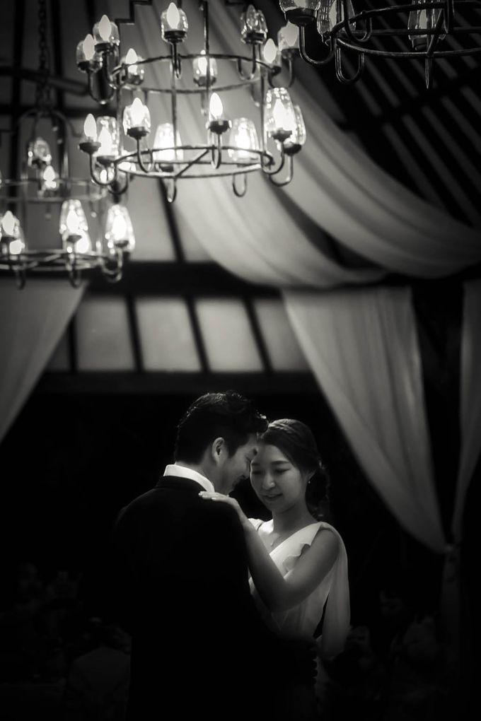 Simple yet intimate Wedding by Ario Narendro Photoworks - 023