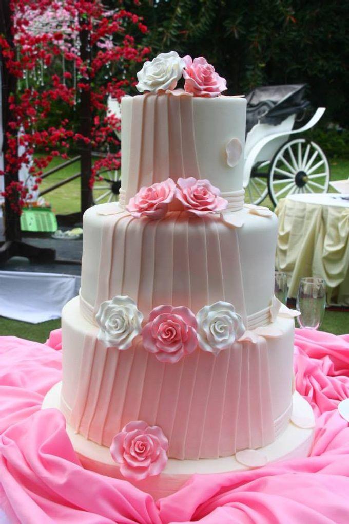 Wedding Cakes by Cupkeyk N Art - 003