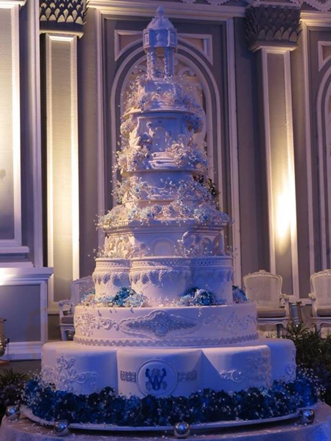 7 tiers Wedding Cake by LeNovelle Cake - 015