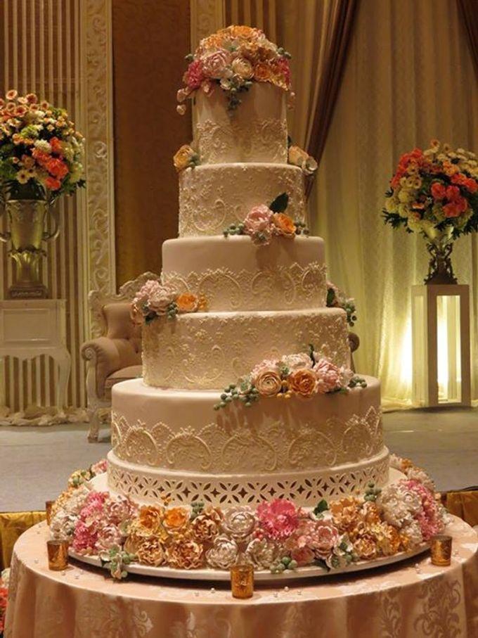 5 layers Wedding Cakes by LeNovelle Cake - 013