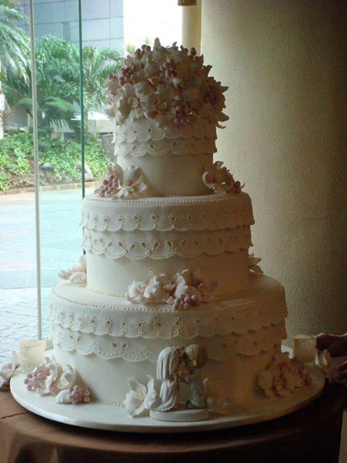 3 layers wedding cakes by LeNovelle Cake - 009