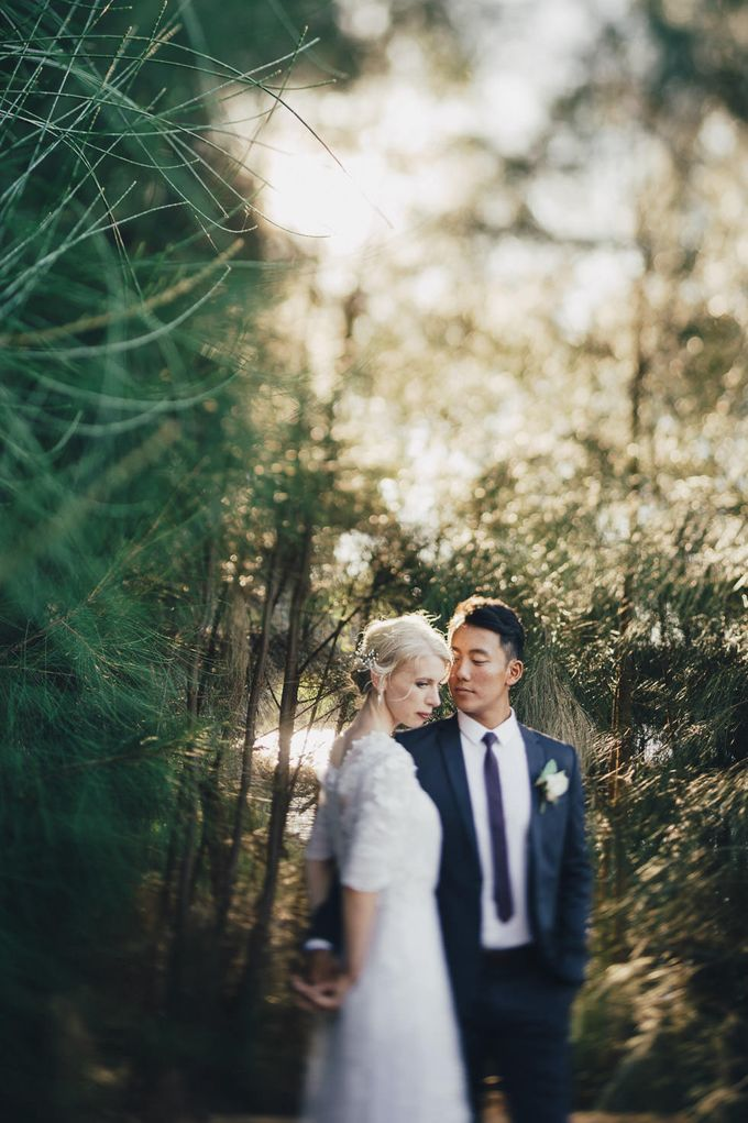 Tim and Laura Wedding by iZO Photography - 032