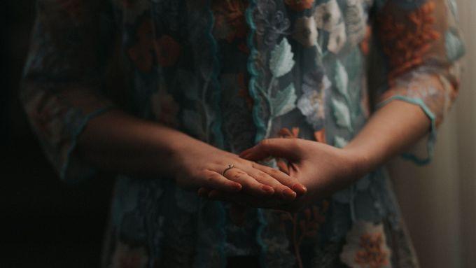 Diandra & Arian Siraman by Mamie Hardo - 001