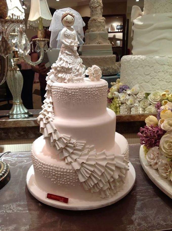 3 layers wedding cakes by LeNovelle Cake - 011