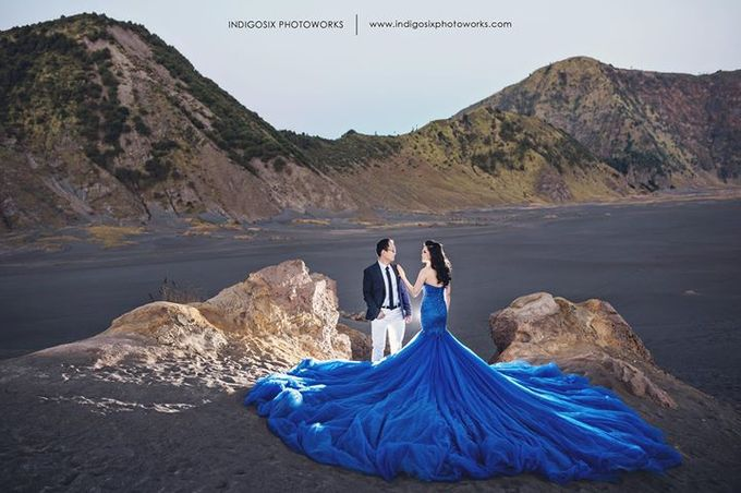 when i look at you by yan and elsa by The Penthouse Dress - 009